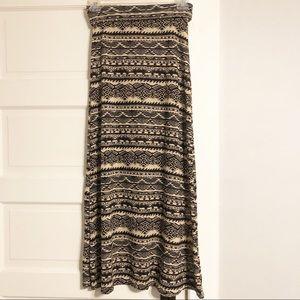 American Rag EUC Boho Tribal Maxi Skirt - Medium